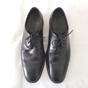 Cole Haan size 9M